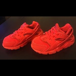 9aab47a138f8a Other - Toddler size 9 red nike huarache sneakers